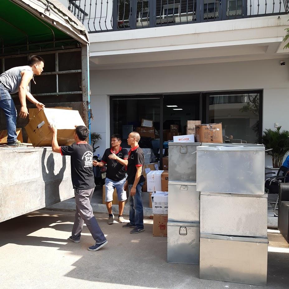 Xe tải vận chuyển tài liệu văn phòng