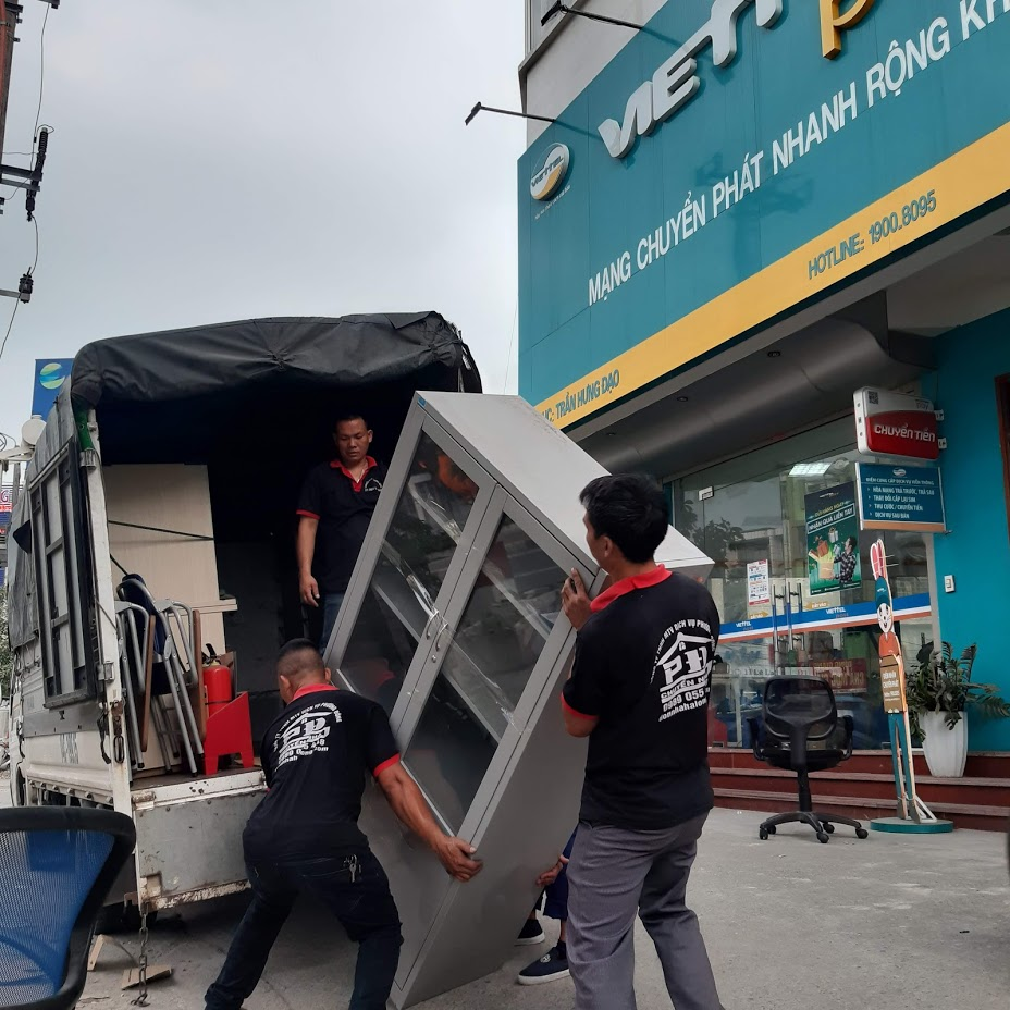Vận chuyển đồ đạc văn phòng
